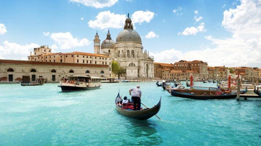 Jezicko putovanje u Veneciju, Verbalisti