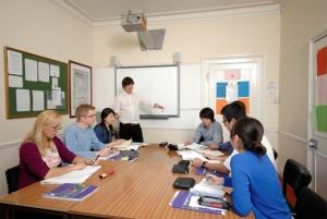 Učionice su opremljene interaktivnim tablama