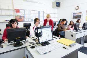 Učionice su opremljene najsavremenijim nastavnim sredstvima