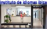 Ulaz u skolu Instituto de Idiomas na Ibici
