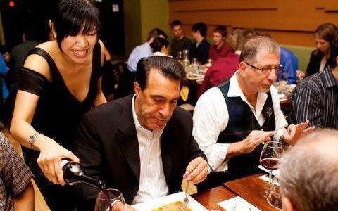 Umami bar u Bostonu, poznat poznat po azijskoj hrani