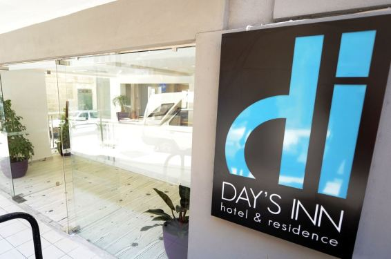Days Inn Hotel & Residence na Malti, Verbalisti