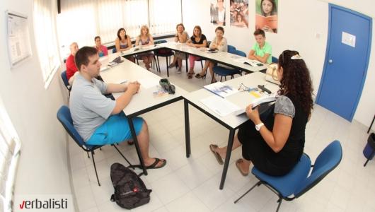 Polaznici jezicke mreze Verbalisti na nastavi u skoli inlingua na Malti