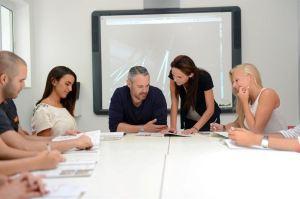 Ucionice skole engleskog jezika IELS na Malti, Verbalisti