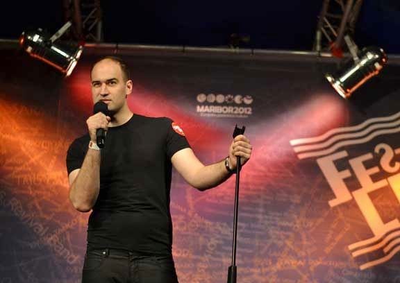 Oliver Sotra stand-up komicar sa Verbalistima