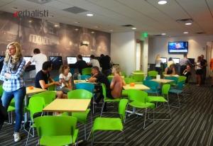 Jezicka skola EC u Majamiju, studentska kafeterija