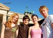 Polaznici ispred Brandenburske kapije