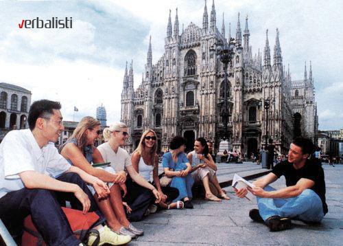 Čas italijanskog ispred katedrale Duomo, Verbalisti