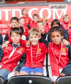 Verbalisti polaznici skole jezika i fudbalskog kampa Manchester United