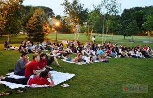 Bioskop pod vedrim nebom :) u okviru parka kampusa