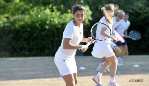 Teniski kampovi namenjeni su mladima uzrasta 10 do 17 godina