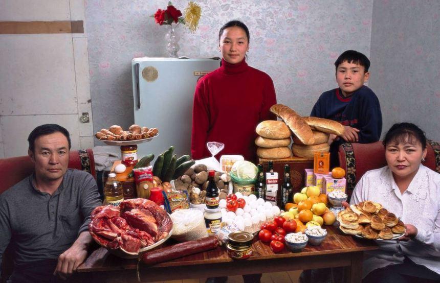 Trpeza jedne porodice u Mongoliji