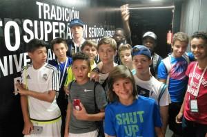 Polaznici jezicke mreze na stadionu Santiago Bernabeu