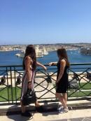 Aleksandra i Milica na Malti