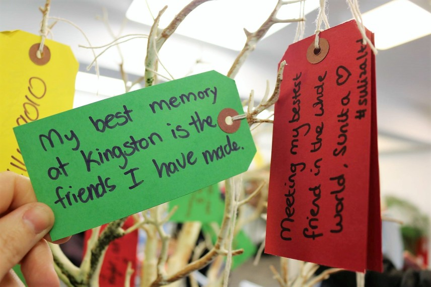 Drvo poruka letnje škole engleskog u Kingstonu, Verbalisti