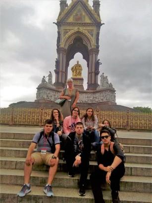 Ivan u Londonu 7, Verbalisti