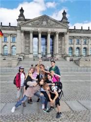 Polaznica jezicke mreze Lucija u Berlinu, Verbalisti